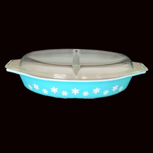 PYREX Snowflake Blue Casserole Divided Dish Lid Glass Ovenware 1-12 Quart